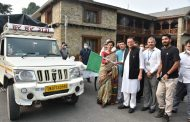 मुख्यमंत्री धामी ने किया रूरतमंदों को खाद्य सामग्री के वाहनों का फ्लैग ऑफ